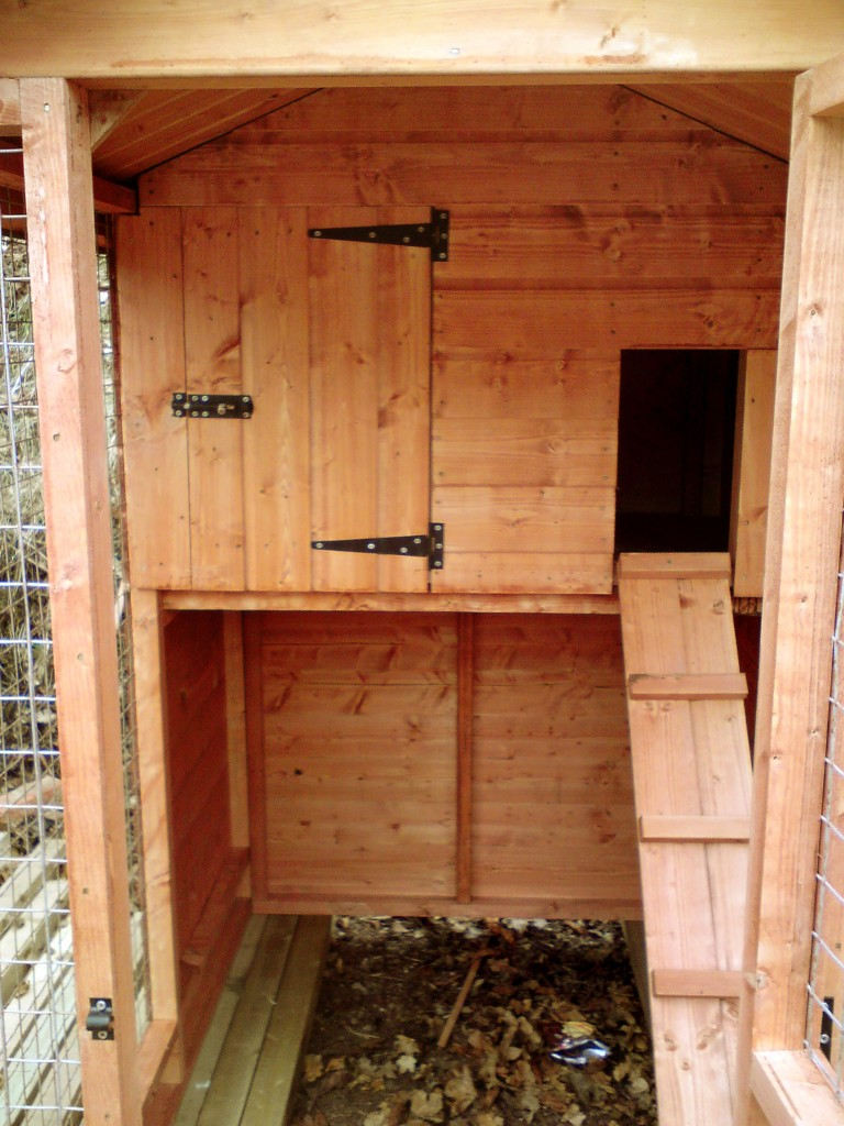 HEN HOUSE INTERIOR by Island Sheds